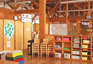 つばさ保育園・幼児教室すずめ園舎内風景